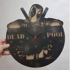"""Часы настенные """"Дэдпул"""" черные"""